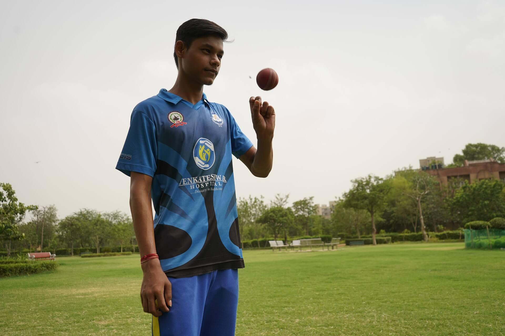 क्रिकेटमा नयाँ नियम बल चम्काउन नपाउने !!